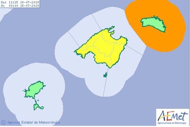 Imatge de l'alerta taronja per 'rissaga' activada a Menorca i de l'alerta groga per pluges i tormentes activada a Mallorca.
