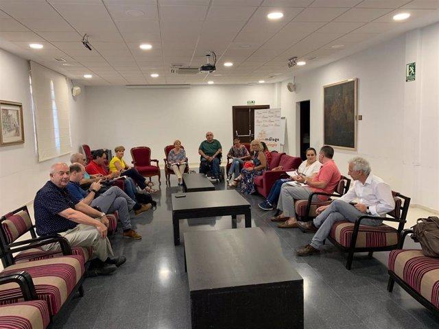Miembros del Observatorio 2024 que vela por la sanidad pública de Málaga y por la construccion del tercer hospital en la capital.