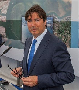 El presidente de la Autoridad Portuaria de Santander (APS), Jaime González, matiza sus palabras sobre el valor que para el Puerto tiene el proyecto de creación de un área industrial y logística en el Llano de la Pasiega (Piélagos) y aclara que result