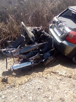 Imagen de la motocicleta implicada en el accidente de Mucientes (Valladolid)