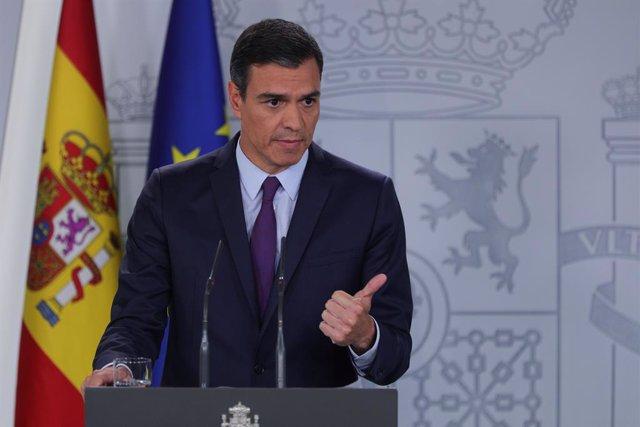 El president del Govern en funcions i secretari general del PSOE, Pedro Sánchez, ofereix una roda de premsa en La Moncloa després de la seva consulta amb el Rei per a la proposta de candidat a la Presidncia del Govern.