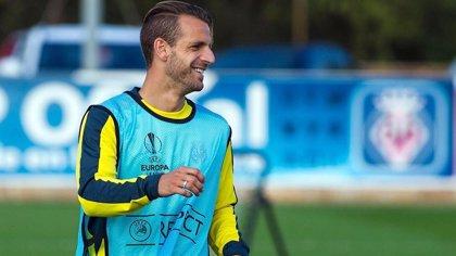 Soldado vuelve al fútbol español para fichar por el Granada