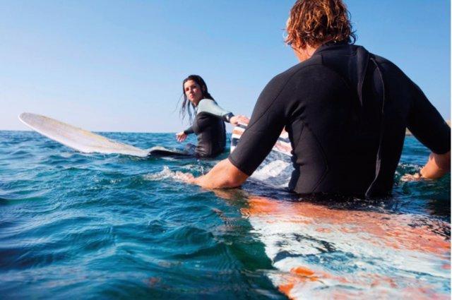Los deportes acuáticos son perfectos para el verano y tienen numerosos beneficios