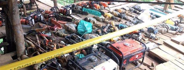 Materiar de minería y armas incautadas en Buenos Aires, Ecuador