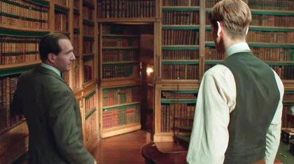 """Ralph Fiennes muestra el """"veradero poder"""" en el tráiler de The King's Man"""
