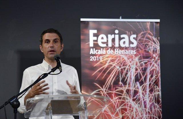 El alcalde de Alcalá de Henares, Javier Rodríguez Palacios, presenta la nueva edición de las Ferias.