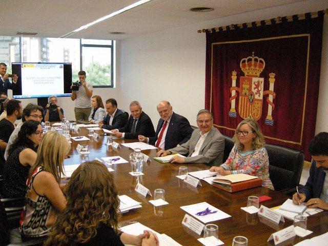 Reunión del subdelegado del Gobierno de Tarragona con los alcaldes de los municipios afectados por el incendio de junio.