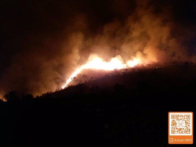 Incendio declarado en el Paraje Loma de los Pollicos, en la localidad almeriense de Terque.
