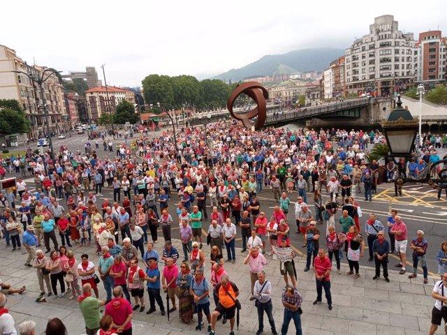 Concentración de pensionistas en Bilbao