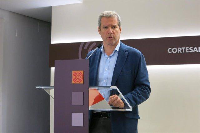 """Daniel Pérez (Cs) ha advertido de que un gobierno """"de supervivencia"""" con PSOE, PAR, Podemos y CHA """"implicará una legislatura de montaña rusa""""."""