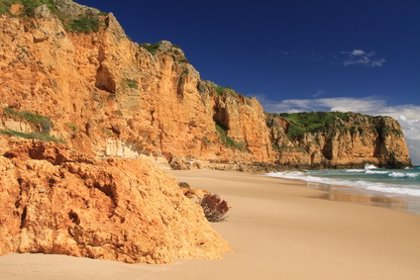 ALSA comienza a operar una nueva ruta desde Madrid a las playas del Algarve