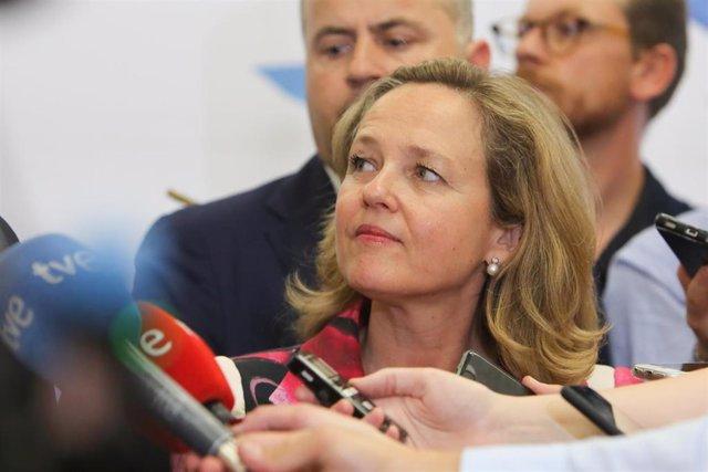 La ministra de Economía y Empresa en funciones, Nadia Calviño, interviene en una conferencia organizada por Funcas, en el Paseo de la Castellana 46 (Madrid).
