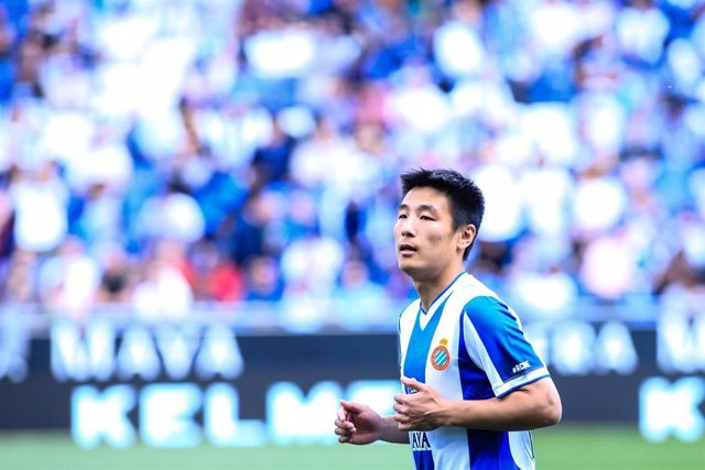 Wu Lei of RCD Espanyol during the La Liga  match between RCD Espanyol and Atletico de Madrid in RCD Stadium in Barcelona 04 of May of 2019, Spain.