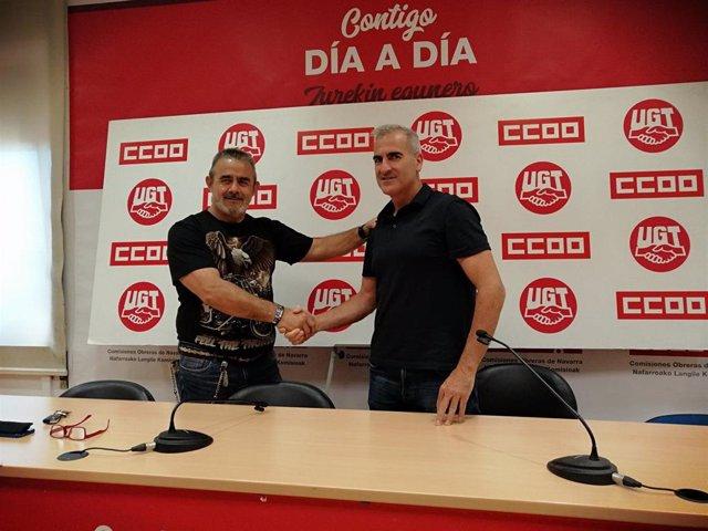 Eugenio Duque, de CCOO, y Alfredo Morales, presidente del comité de empresa de Volkswagen Navarra