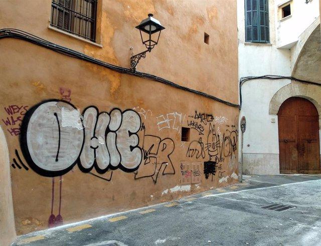 Pintadas en el Centro Histórico de Palma