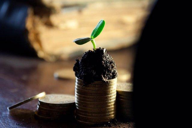 Economía/Finanzas.- El 58% de los inversores españoles tiene en cuenta el impacto social de su inversión, según AXA IM
