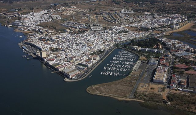 Vista aérea del puerto de Ayamonte, en Huelva.