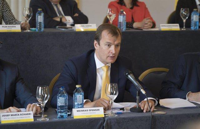 El consejero delegado de MásMóvil, Meinrad Spenger, en la junta general de accionistas.