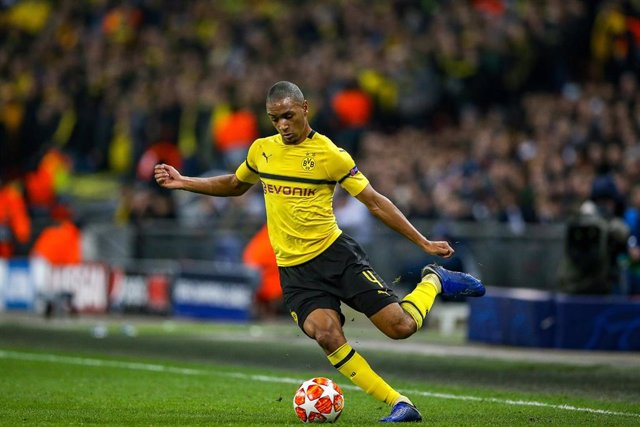Borussia Dortmund defender Abdou Diallo (4) during the UEFA Champions League round of 16 football match between Tottenham Hotspur and Borussia Dortmund on February 13, 2019 at Wembley Stadium in London, England - Photo Nigel Keene / ProSportsImages / DPPI