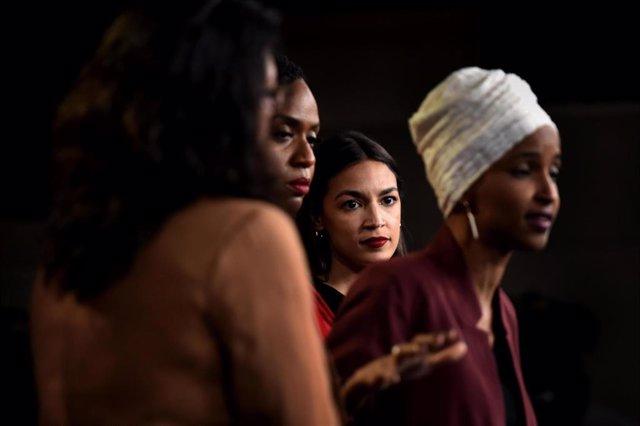 Las cuatro congresistas demócratas progresistas criticadas por Trump y a las que el mandatario ha emplazado a abandonar Estados Unidos