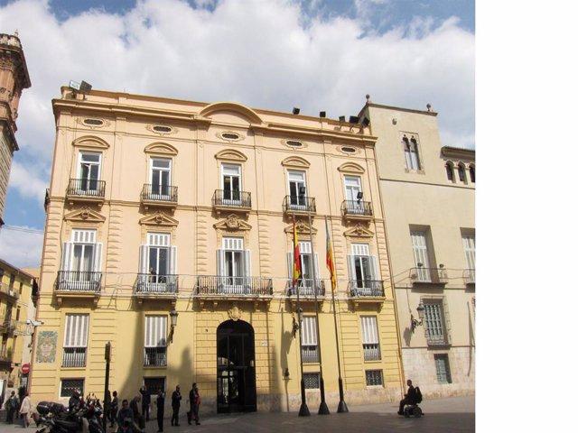 Fachada de la Diputación de Valencia