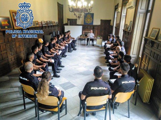 Policía Nacional Incorpora En La Provincia De Cádiz A 209
