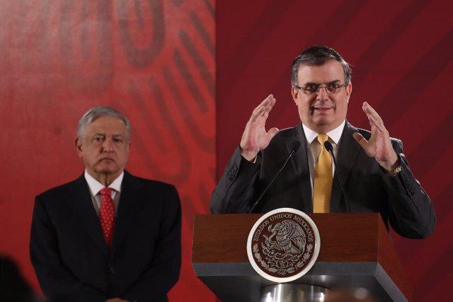 El presidente y el ministro de Exteriores de México, Andrés Manuel López Obrador y Marcelo Ebrard, respectivamente