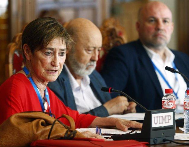 Presidenta del Consejo General de la Abogacía, Victoria Ortega; y presidente del CIS, José Féix Tezanos
