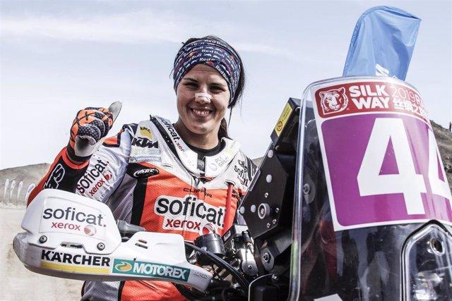 Laia Sanz en el Silk Way Rally