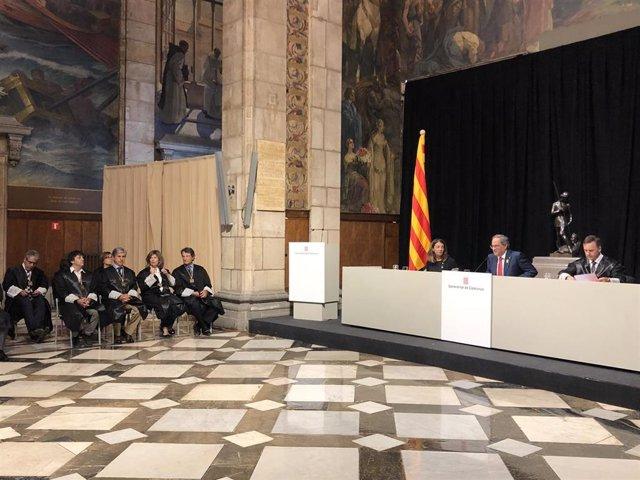 El presidente Quim Torra preside la presentación de la memoria de la Comissió Jurídica Assessora.