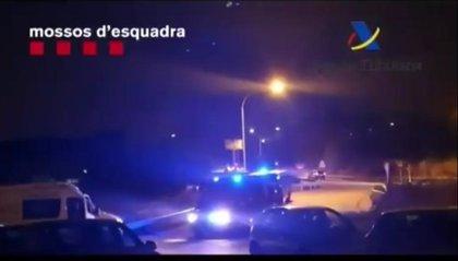 Unos 200 agentes despliegan un operativo contra el tráfico de drogas en el Garraf y Martorell (Barcelona)