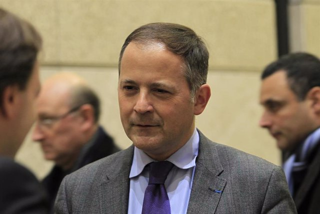 El Miembro Del Consejo Ejecutivo Del Banco Central Europeo (BCE) Benoit Coeure