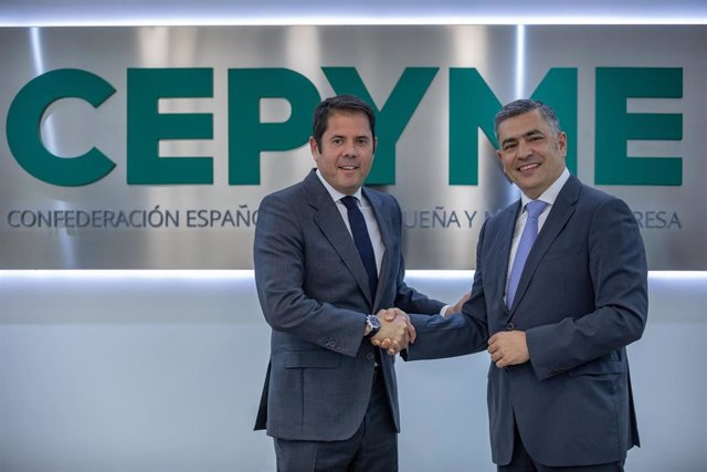 Acuerdo entre el presidente de CEPYME, Gerardo Cuerva y el presidente ejecutivo de Randstad, Rodrigo Martín