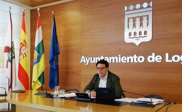 Kilian Cruz, en su primera rueda de prensa como portavoz del equipo de Gobierno municipal de Logroño