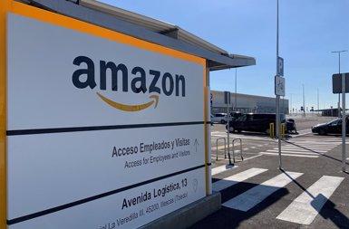 Brussel·les obre un expedient a Amazon per possibles abusos en l'ús de dades dels qui venen en la seva plataforma (EUROPA PRESS - Archivo)