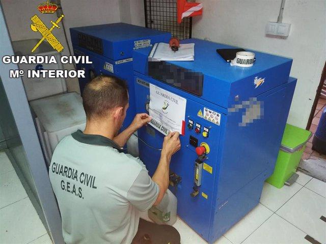 Inspección de los GEAS de la Guardia Civil a centros de buceo de Lanzarote
