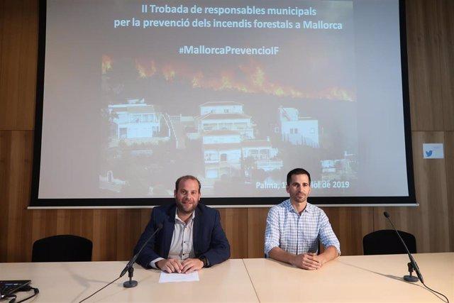 El conseller de Medio Ambiente y Territorio, Miquel Mir, en el II Encuentro de responsables municipales