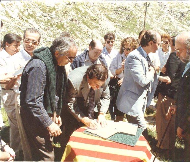 Imagen De La Constitución Del Patronato De Turismo De La Diputación De Lleida En Julio De 1989