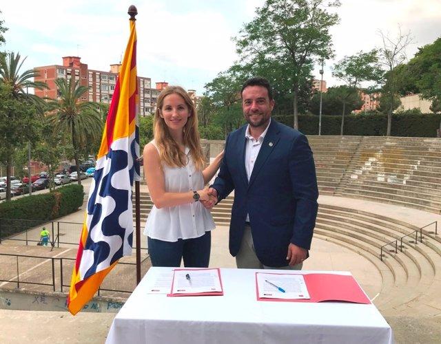 L'alcalde de Badalona (Barcelona), Álex Pastor (PSC), i la presidenta del grup municipal Badalona En Comú Podem, Aïda Llauradó