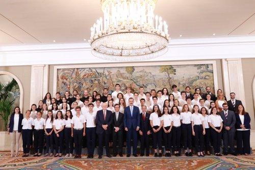 El Rey recibe a los 50 estudiantes ganadores de la XIV Becas Europa