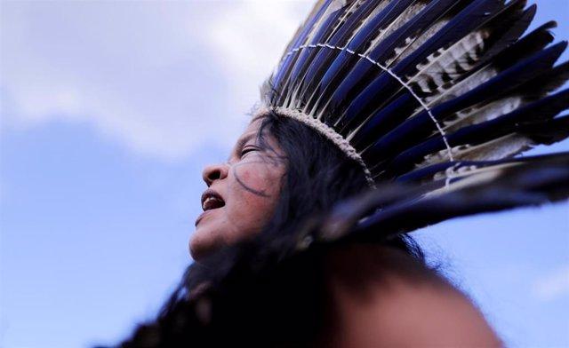 La líder indígena Sonia Guajajara en Brasilia