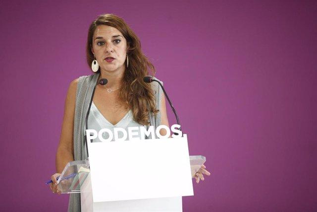 La portavoz de Podemos y diputada de Unidas Podemos, Noelia Vera, ofrece declaraciones a los medios de comunicación tras la celebración del Consejo de Coordinación de Podemos.