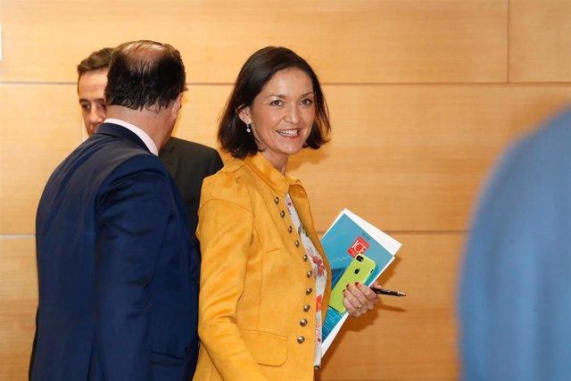 La ministra de Industria, Comercio y Turismo en funciones, Reyes Maroto llega a la presentación de la revista 'Información Comercial Española' en el Ministerio de Industria.