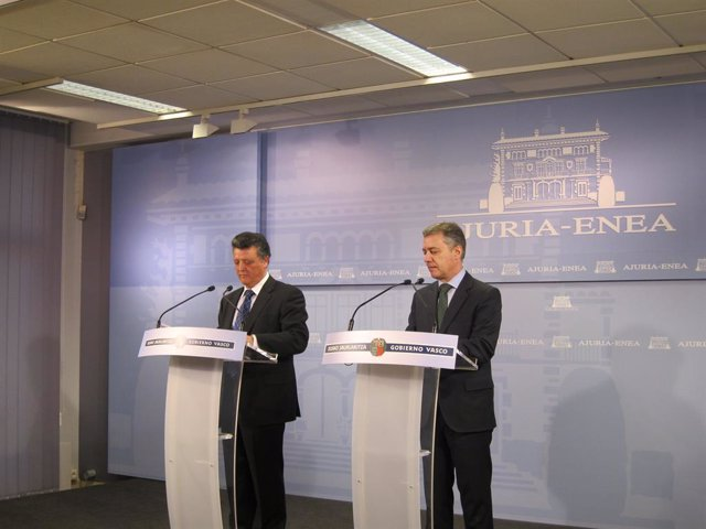 Iñigo Urkullu y Emilio Titos