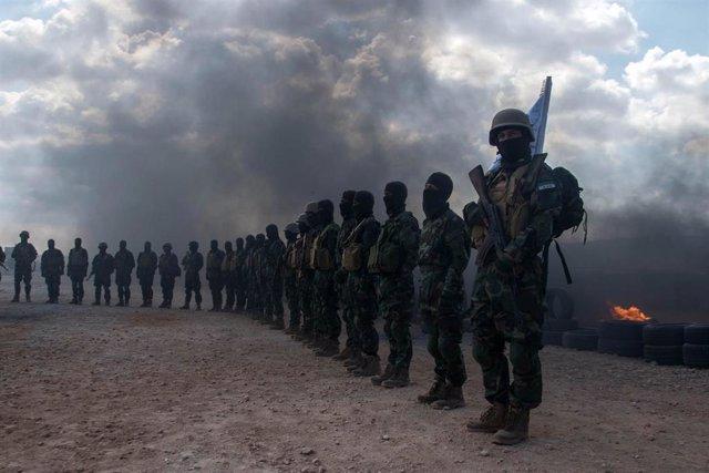 Rebeldes sirios de Jaysh al Izza en Idlib