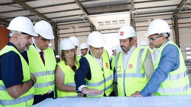 El presidente de la Comunidad de Madrid en funciones, Pedro Rollán, visita las obras del nuevo parque de Bomberos de Alcobendas.