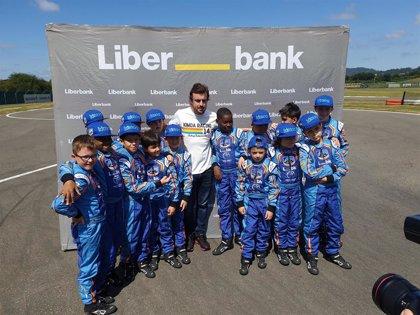 """Fernando Alonso descarta volver a la F1 y asegura que se mueve por sus """"instintos"""" y su """"felicidad"""""""