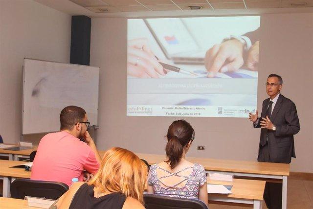 Jornada del proyecto Edufinet de Unicaja sobre opciones de financiación para poner en marcha negocios