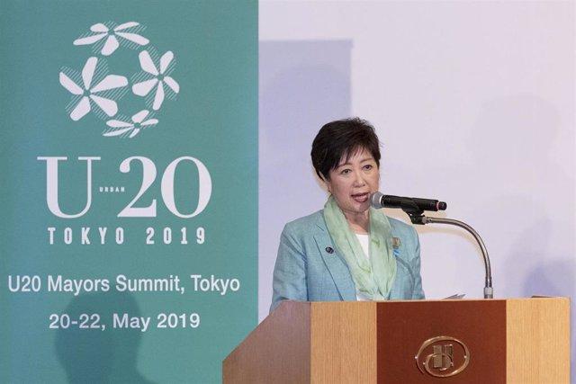 Yuriko Koike, gobernadora de Tokio durante un acto