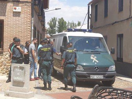 Detenido el alcalde de Fontanar tras siete horas de registro de las dependencias municipales